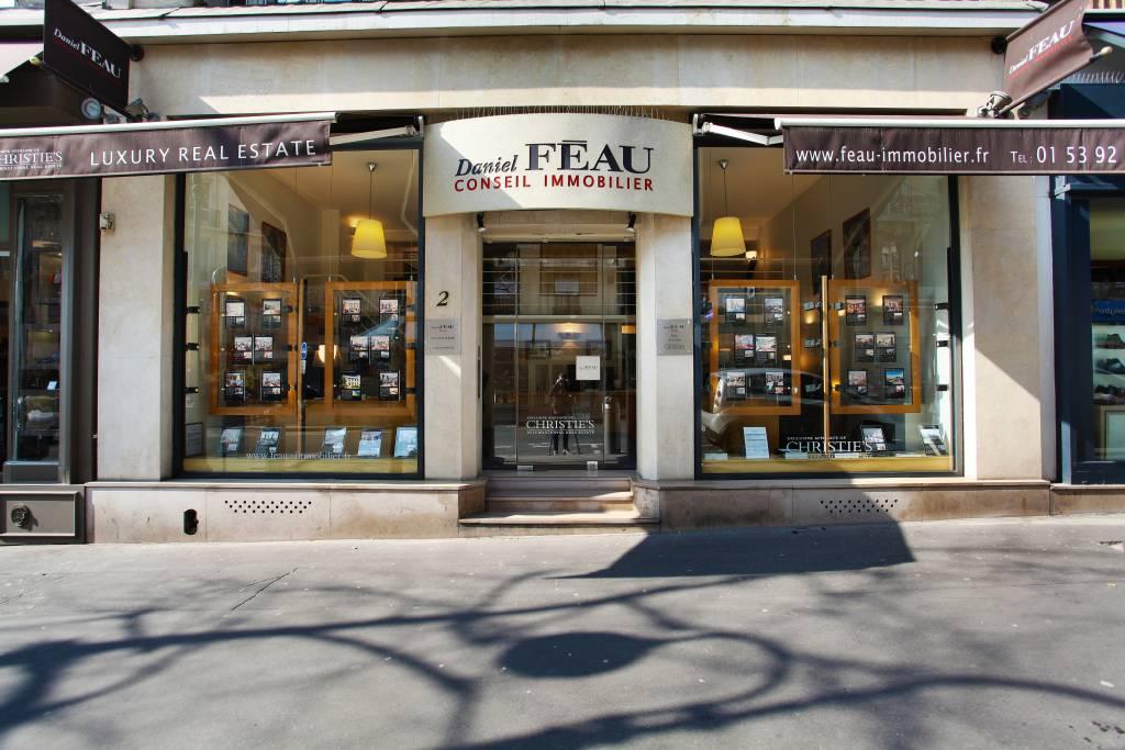 Daniel Féau Location - Passy