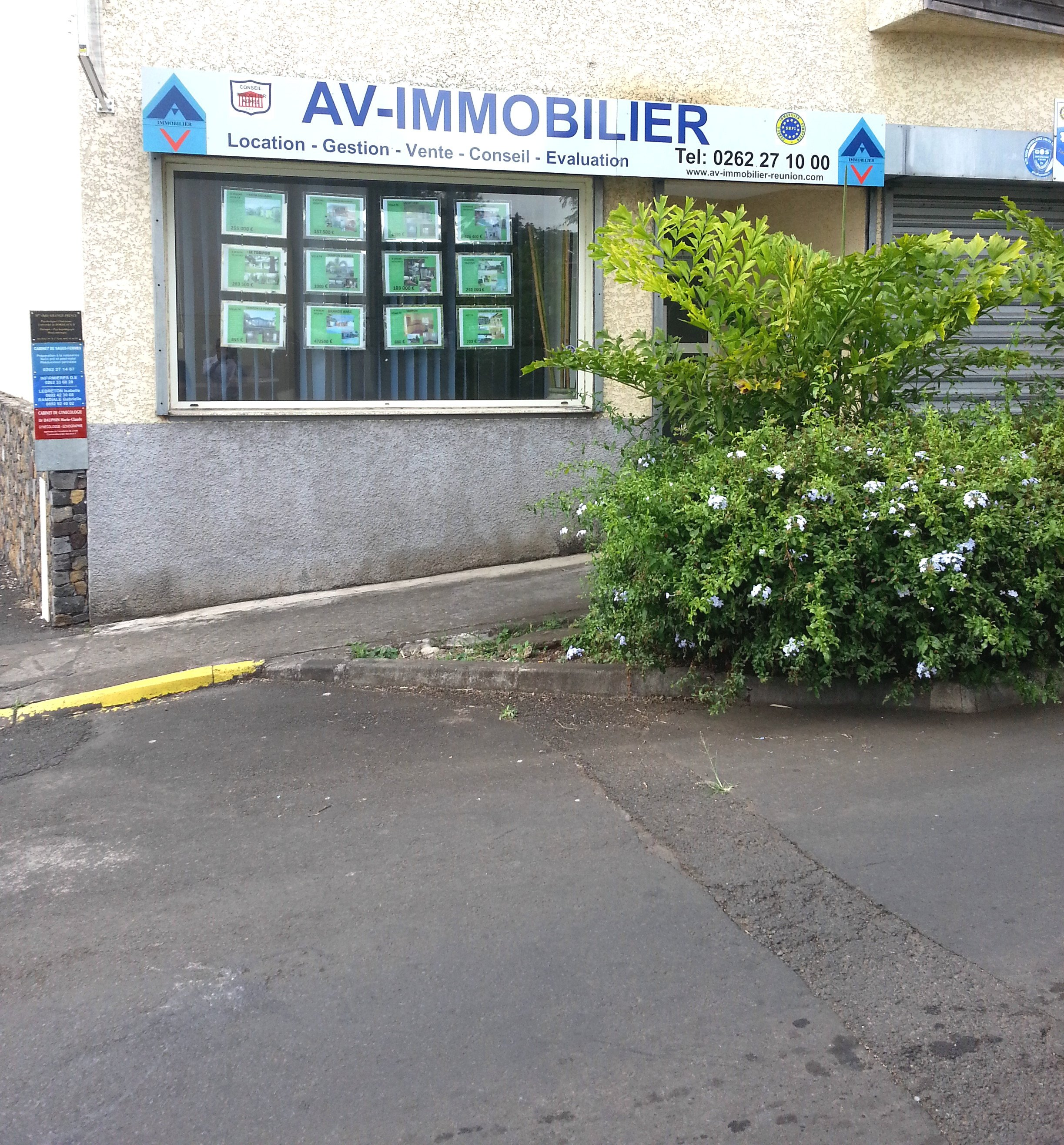 A V IMMOBILIER