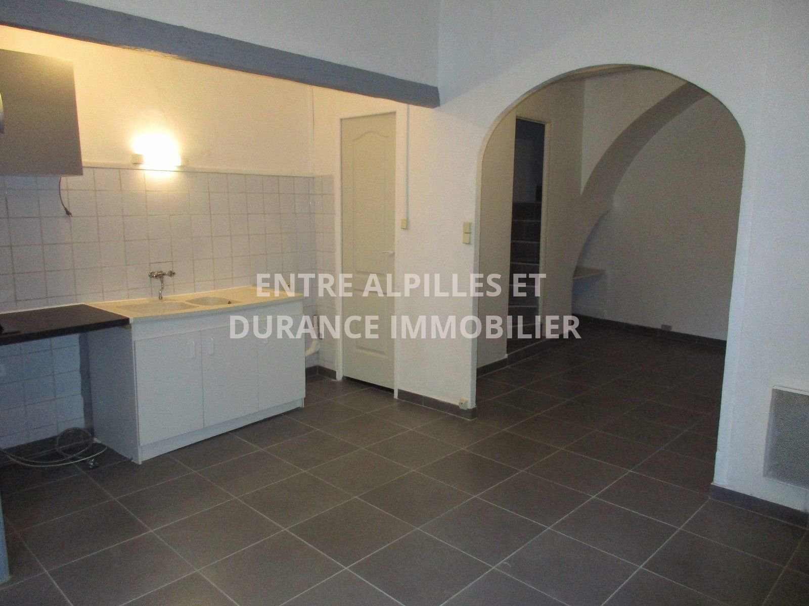 BARBENTANE  Town Hall renovated approximately 78 m ² livable