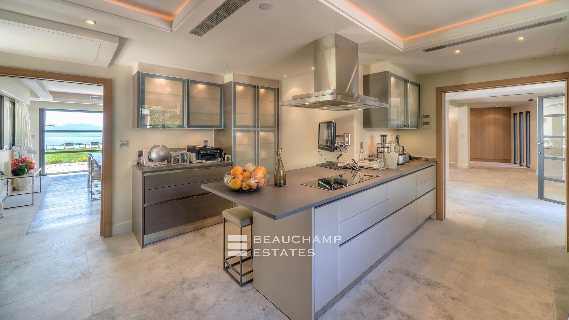 Stainless steel, natural light, kitchen island