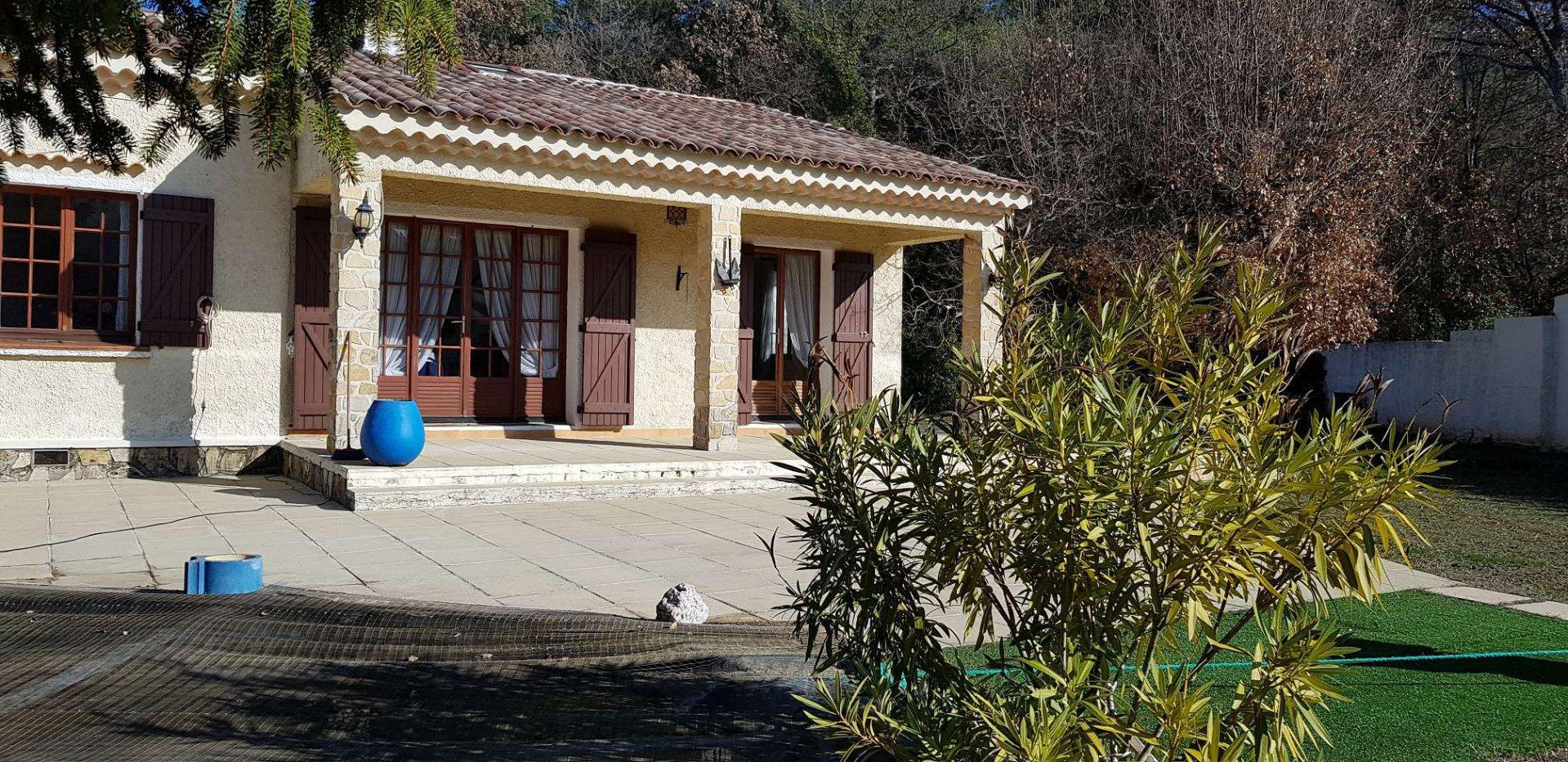 Vente Villa - Nans-les-Pins