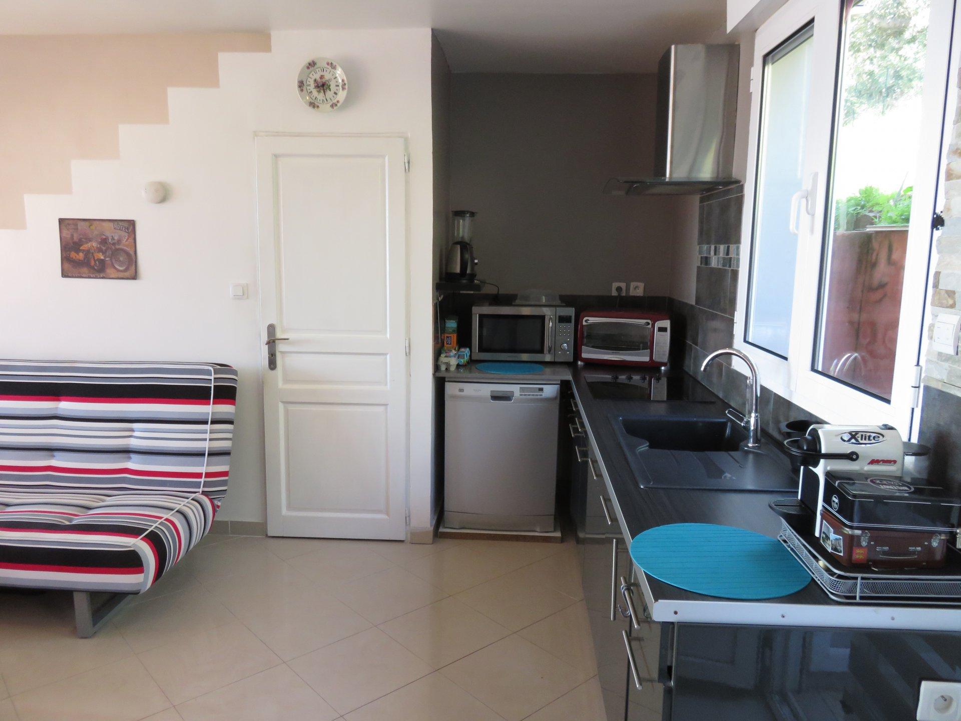 Appartamento con 2 camere vista mare