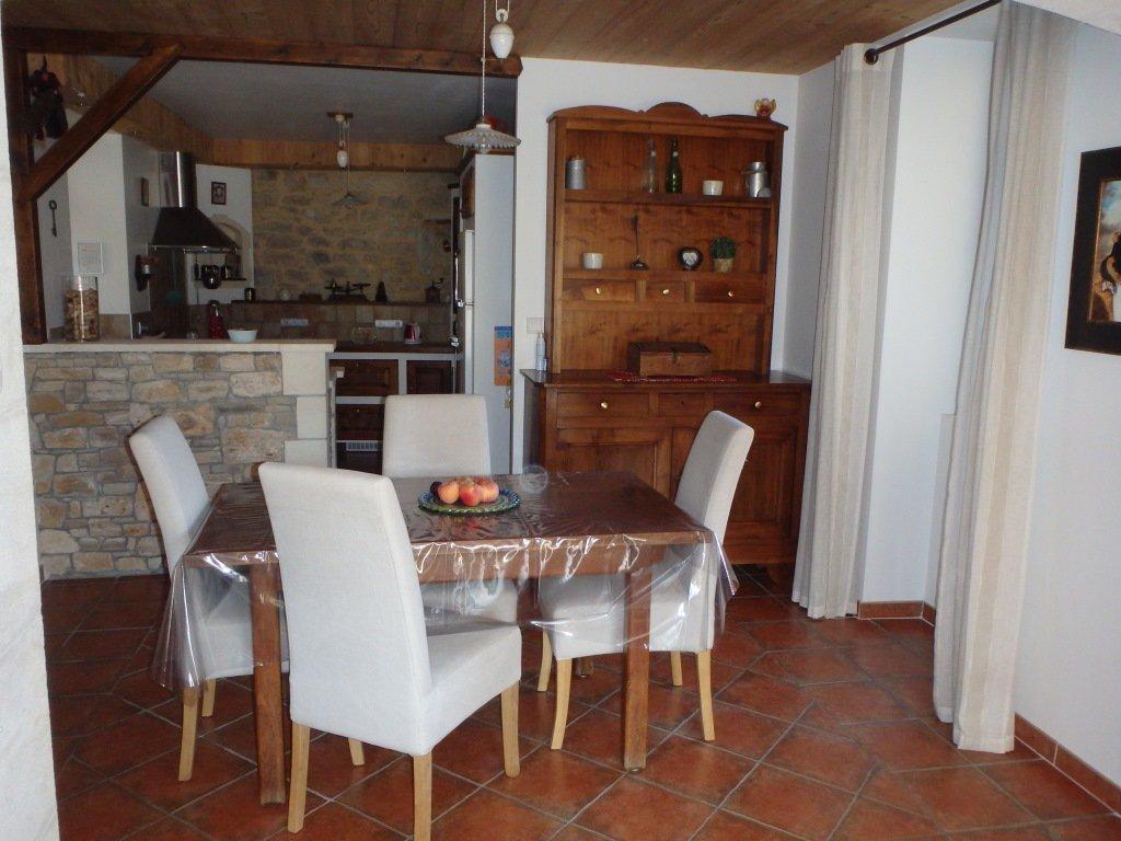 Location Maison de village - Saint-Marcel-de-Careiret
