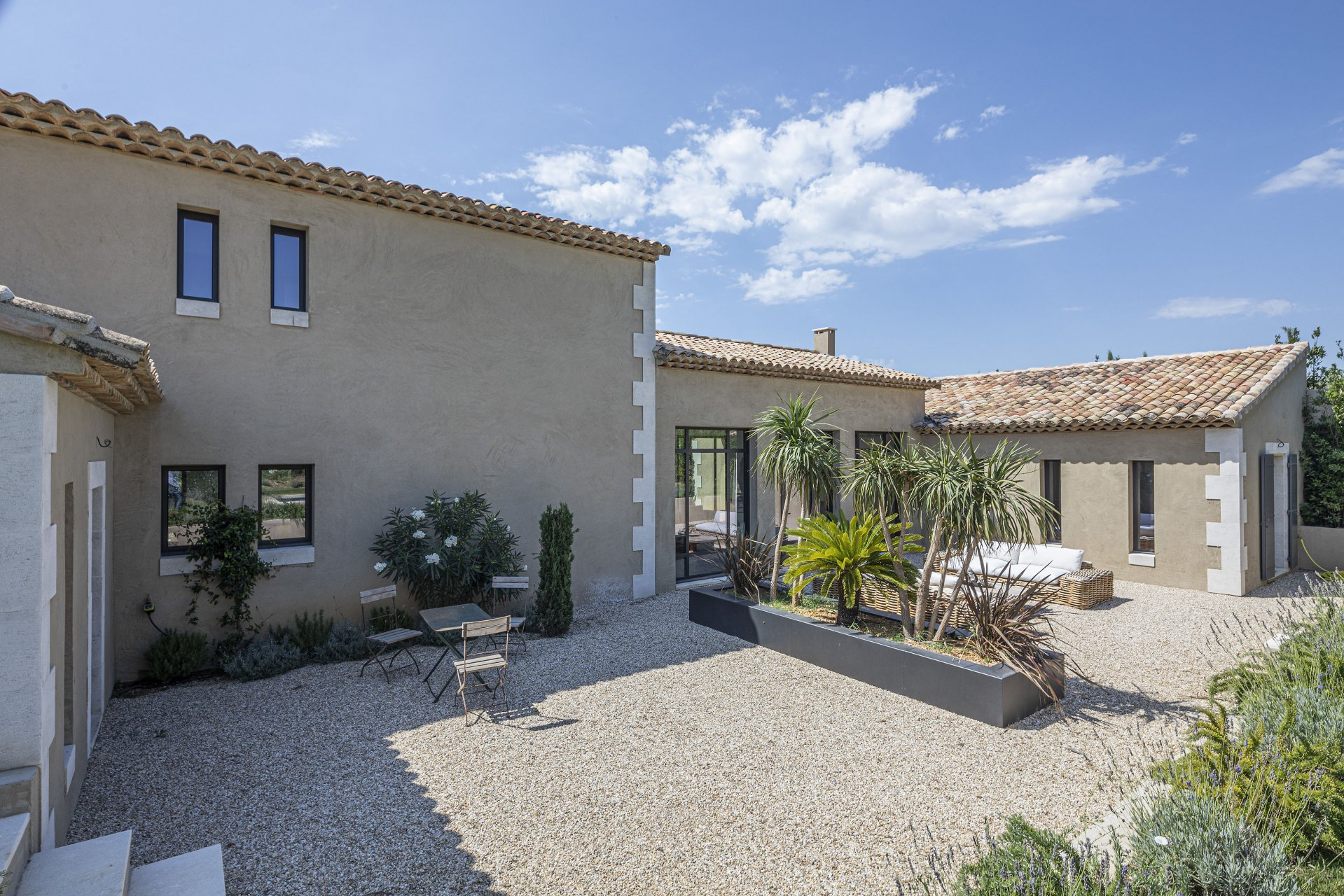 FOR SALE HOUSE MAUSSANE OLD VILLAGE