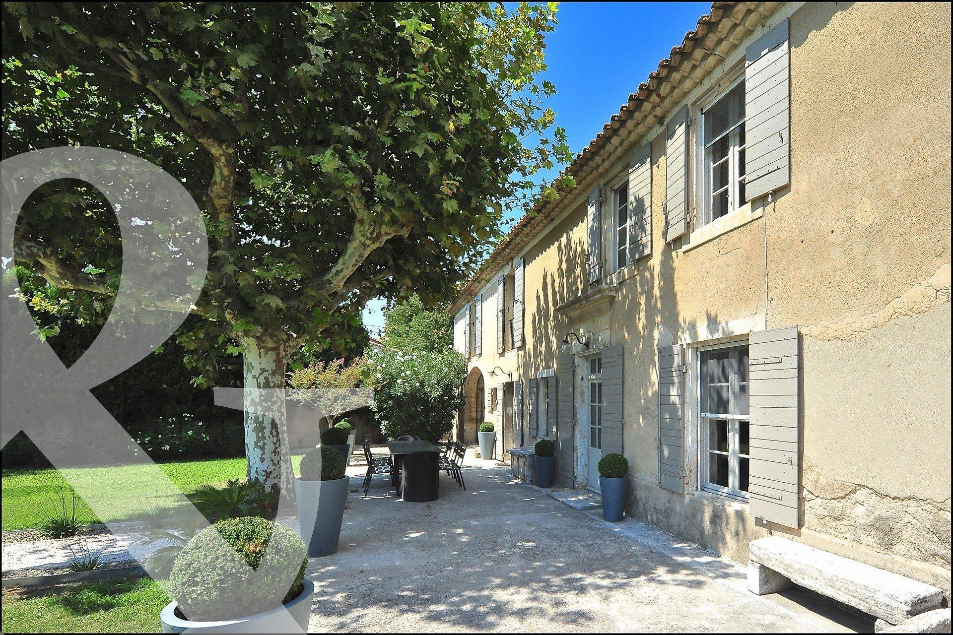 Sale House - Mouriès