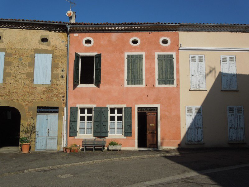 Nice and big village house in the Gascogne (Gers) for B&B