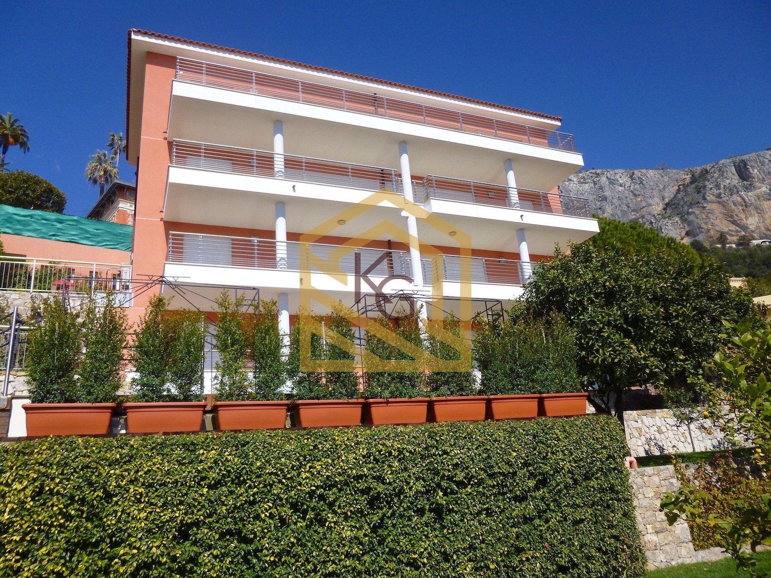 Menton, Garavan à vendre beau 3 pièces neuf avec vue panoramique mer