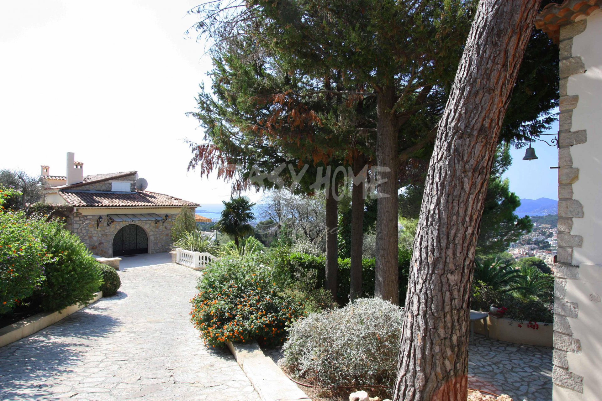 SALE/PURCHASE+VILLA+SEA+VIEW+FRENCH+RIVIERA