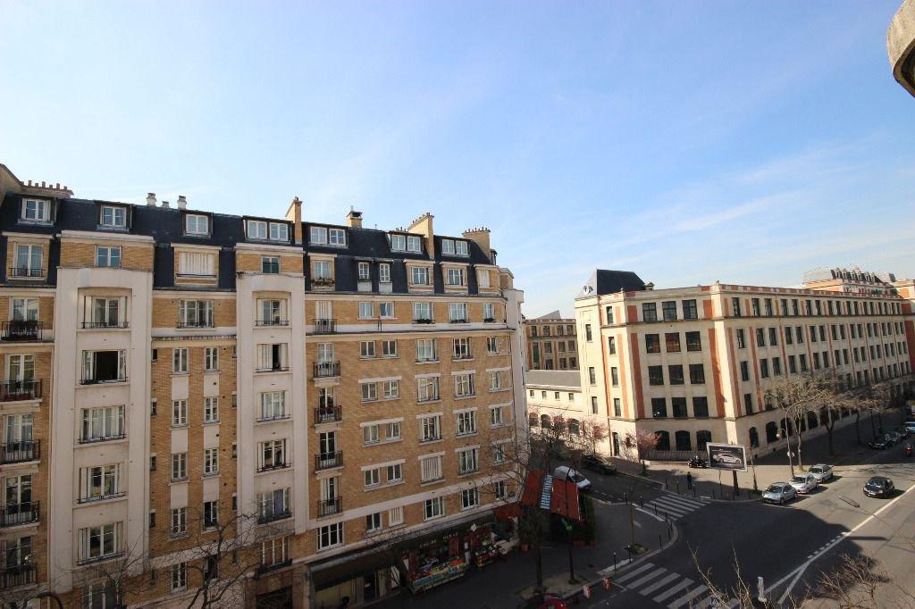 PARIS 16 MURAT - 4/5 pièce(s) - 120 m2