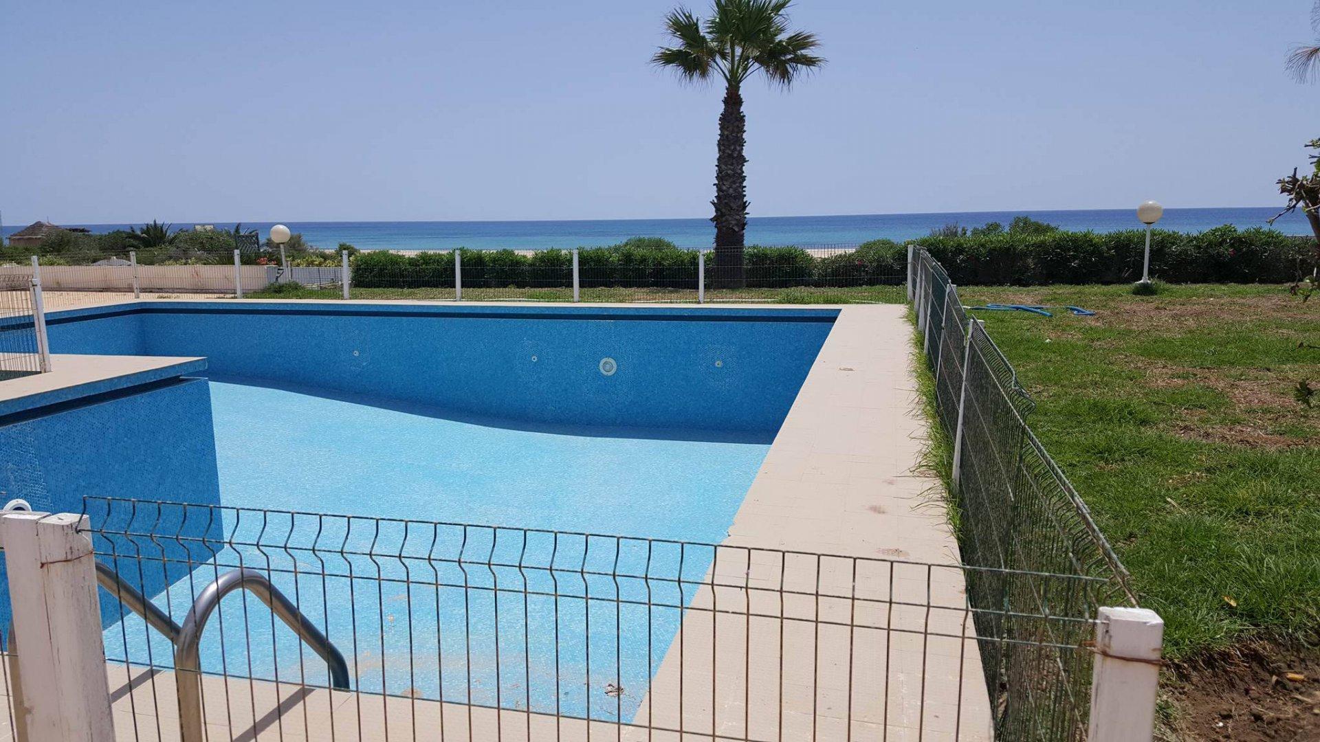 A vendre une villa prestigieuse vue mer à Hammamet