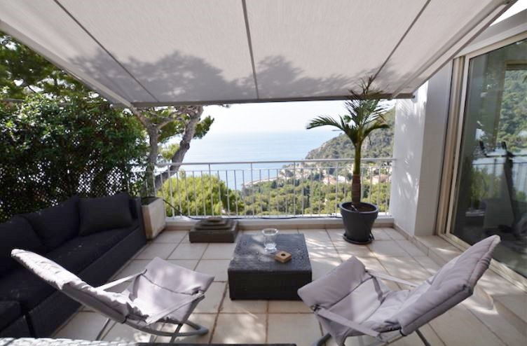 EZE-PANORAMIC SEA VIEW VILLA