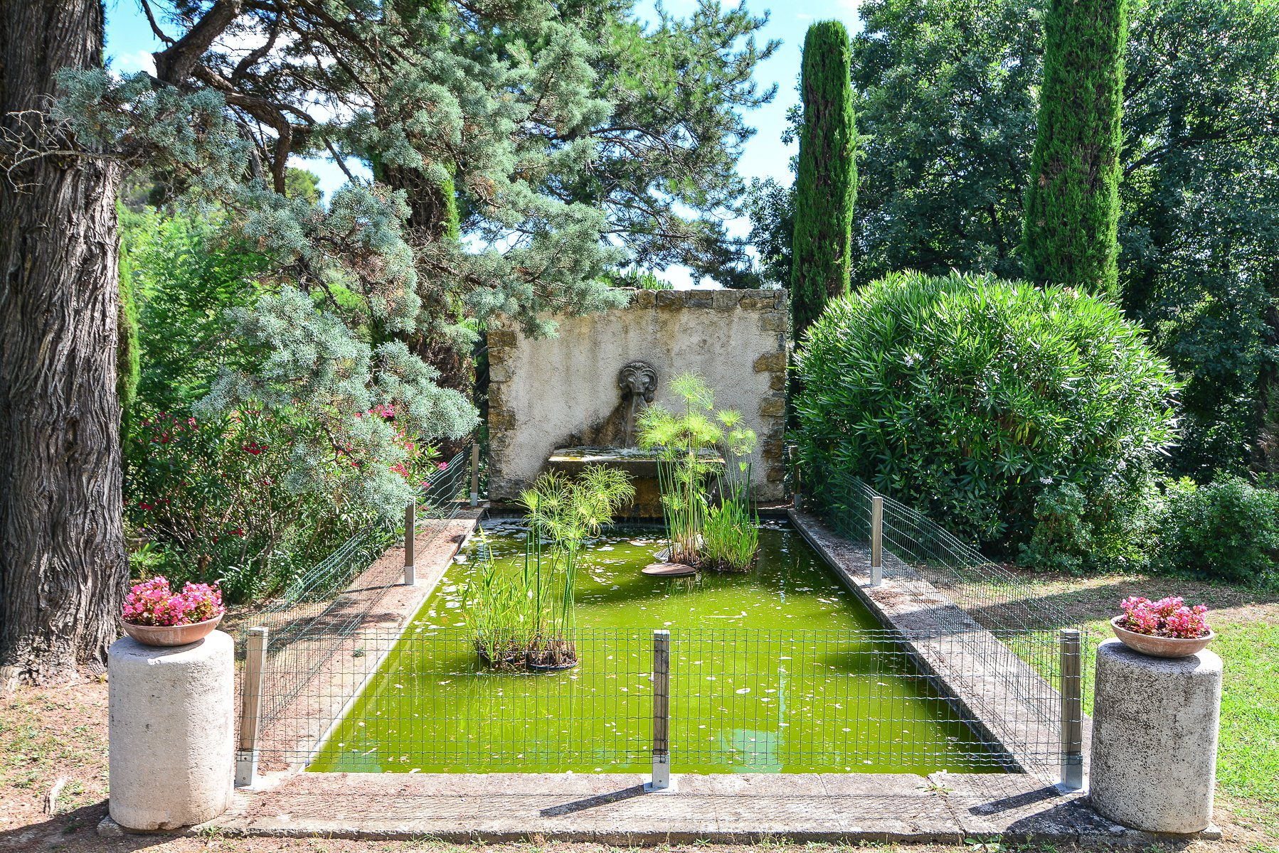 Natural stone bastide in Mougins