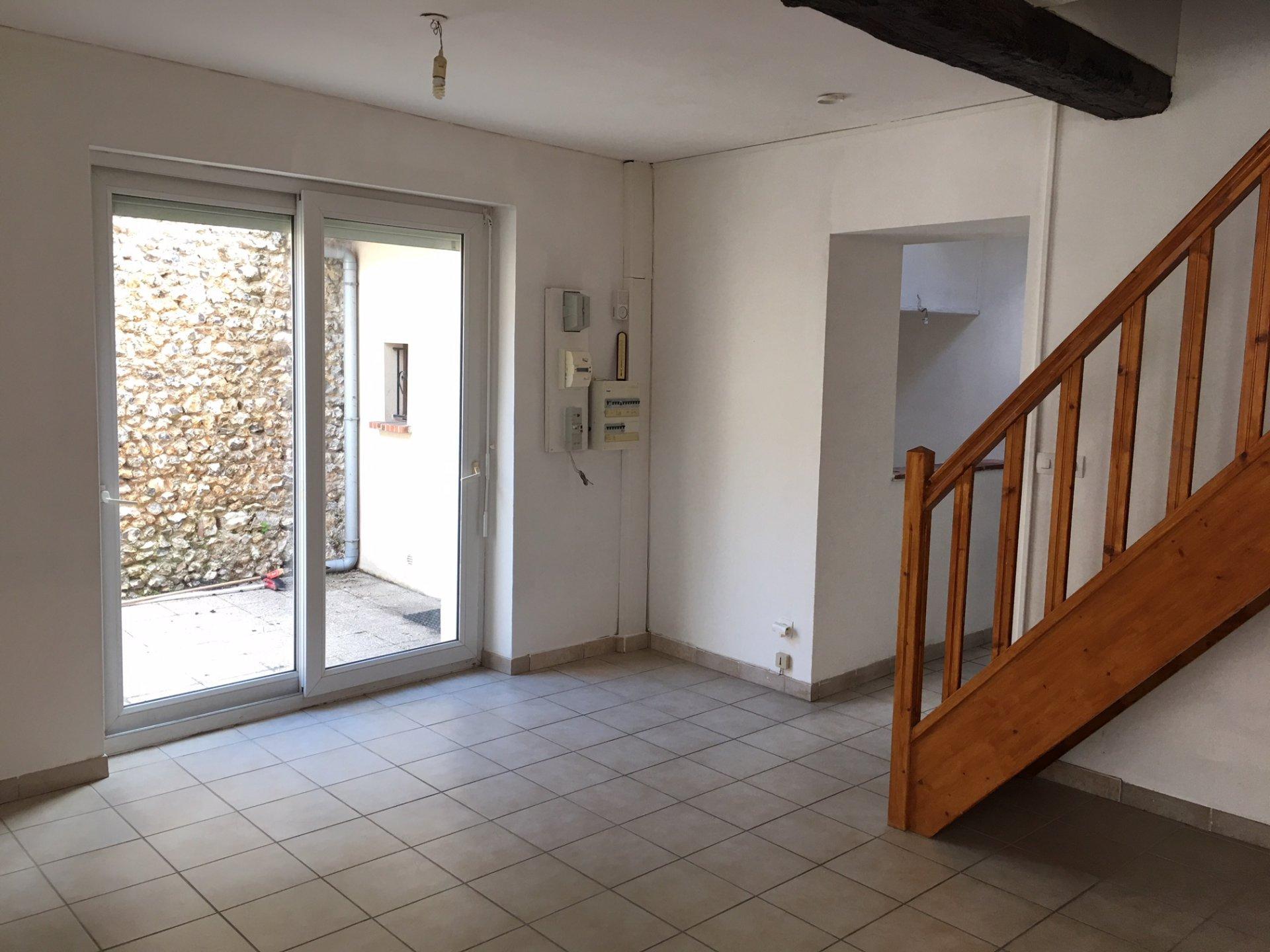 Sale Terraced house - Villeneuve-sur-Yonne