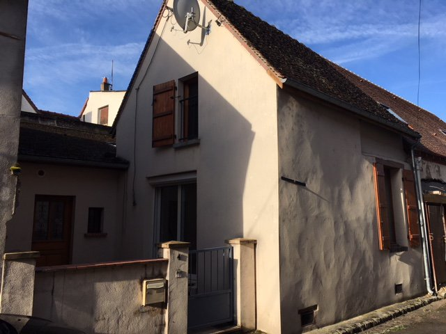 Sale Terraced house - Villeneuve-sur-Yonne