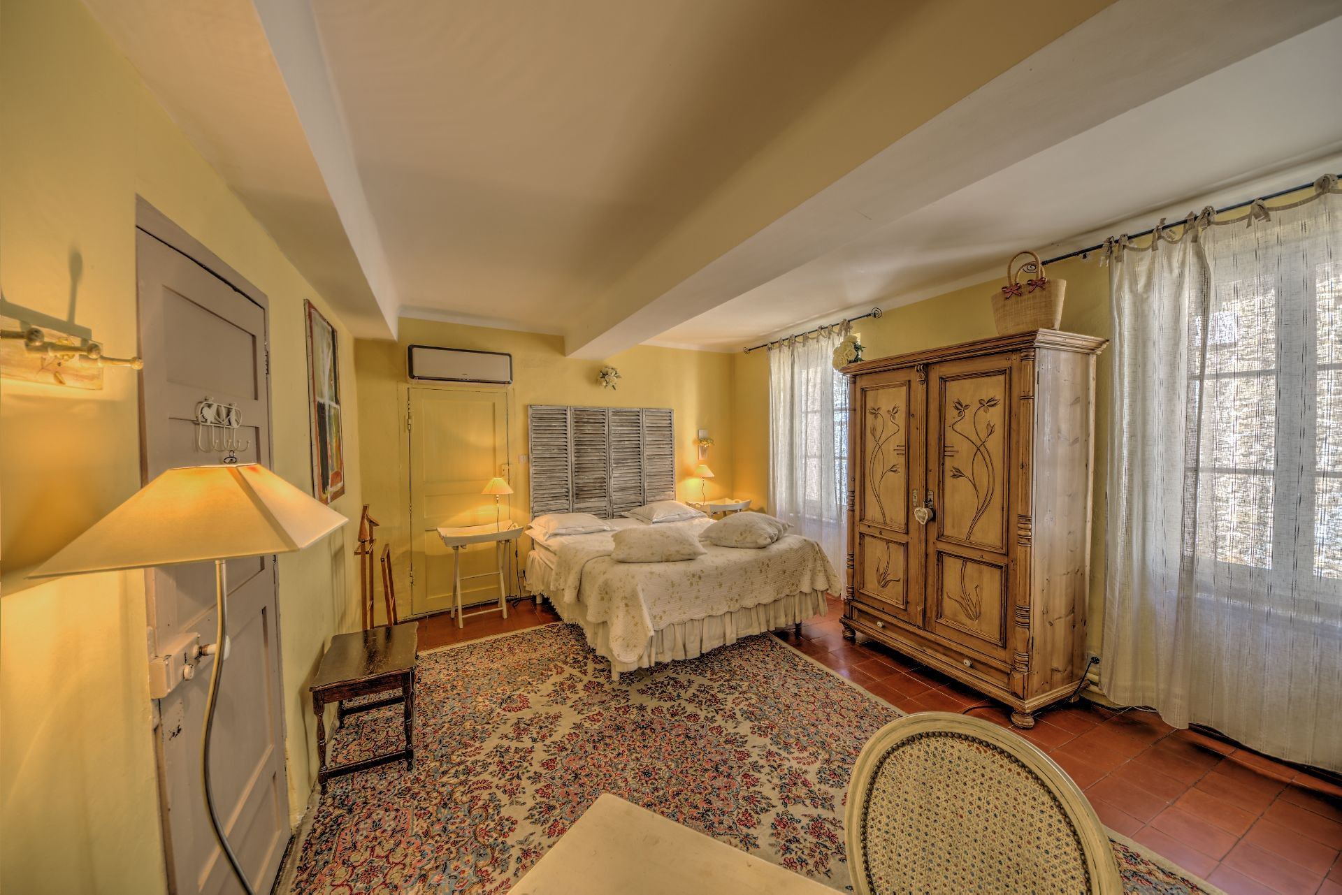 Suite 4 of the guest house with garden and pool Rocbaron, Var, Provence