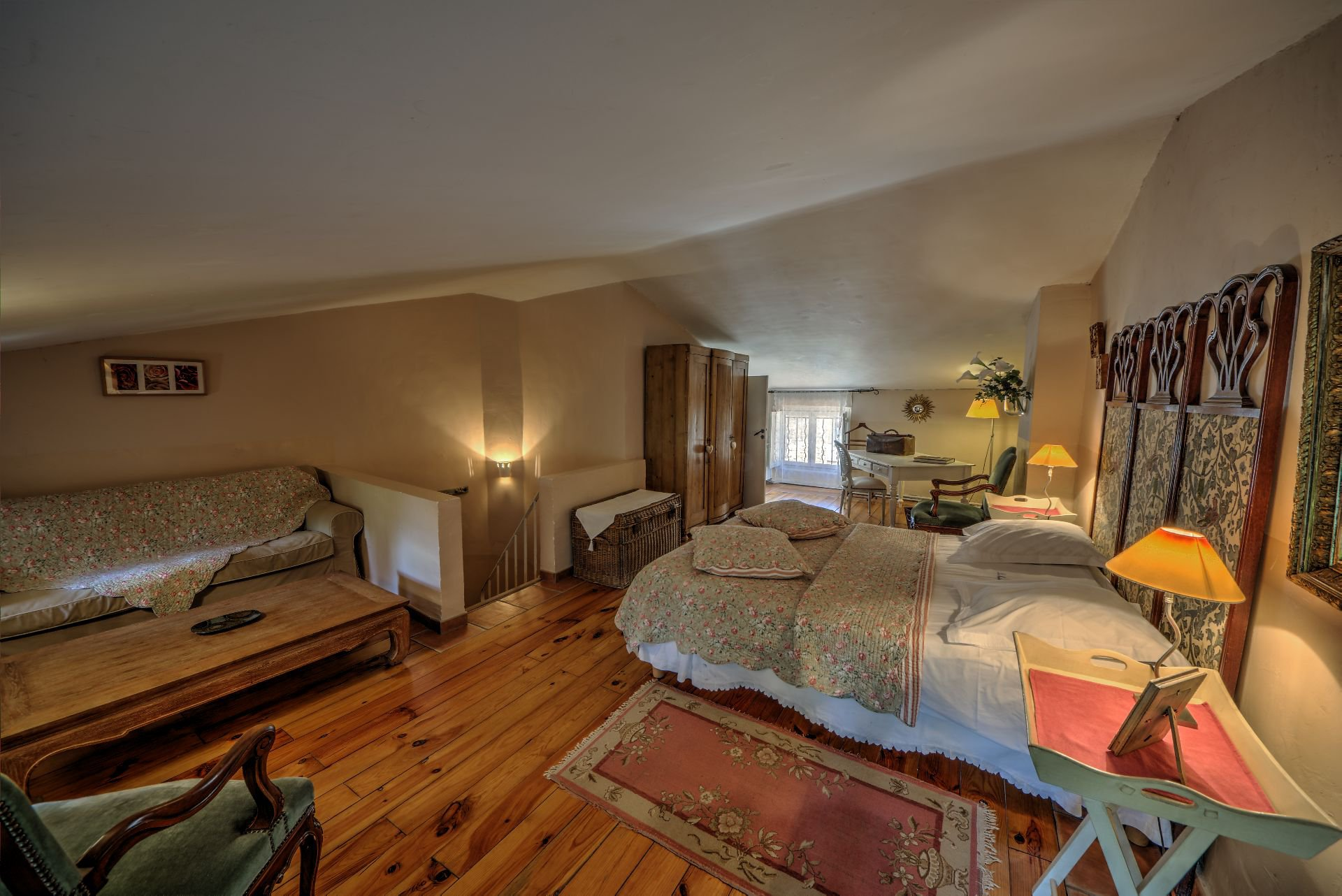 Suite 5 of the guest house with garden and pool Rocbaron, Var, Provence
