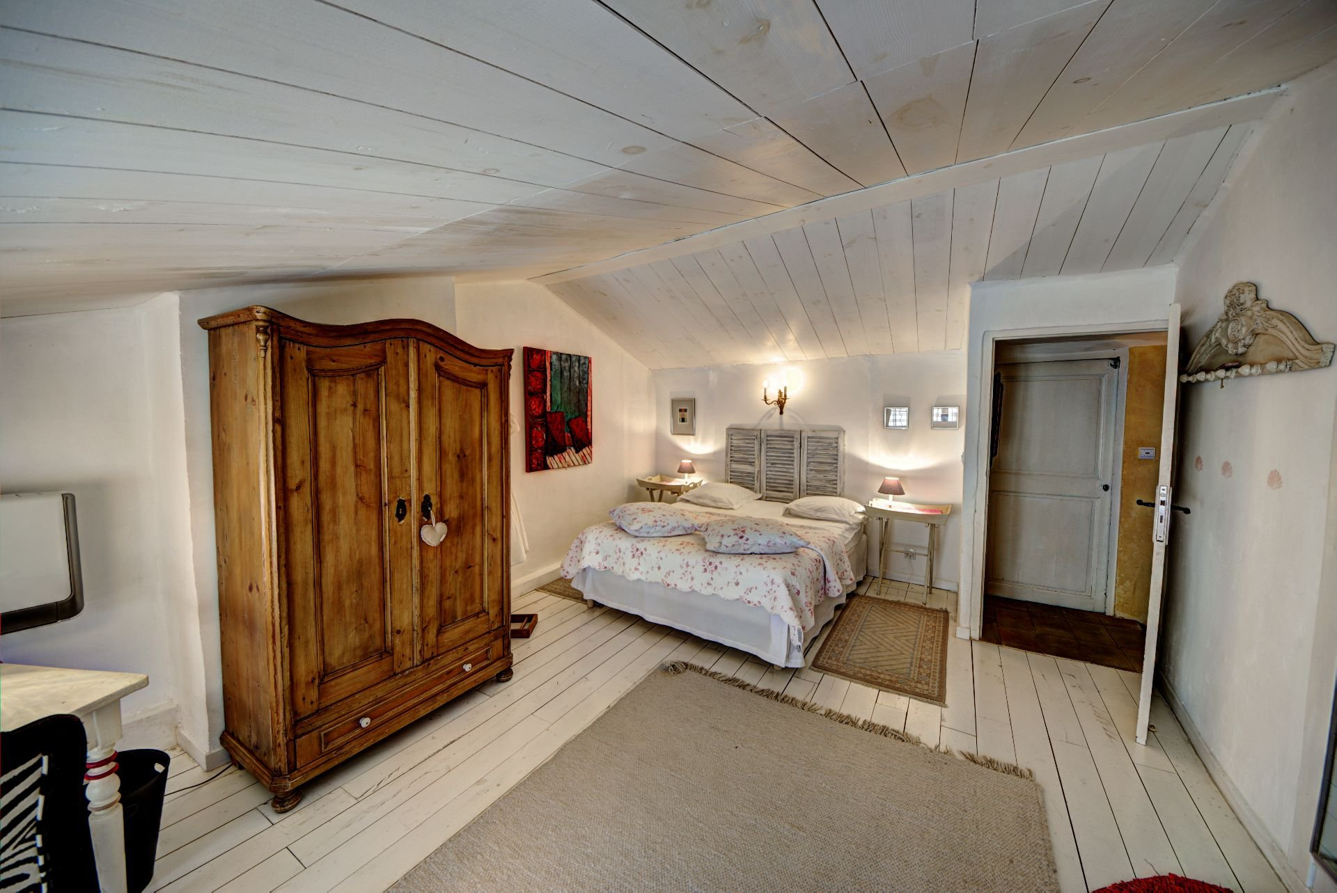 Suite 2 of the guest house with garden and pool Rocbaron, Var, Provence