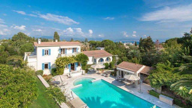 Unique villa au Cap d'Antibes