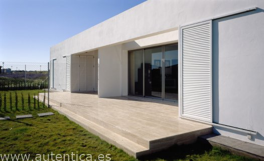 Sevillan contemporary design villa, new built (looking for style?)
