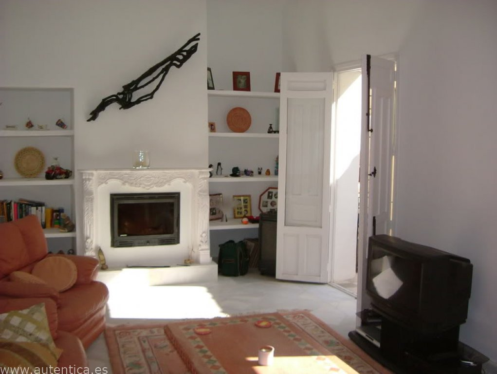 Large town house, recently renovated and in the heart of the village