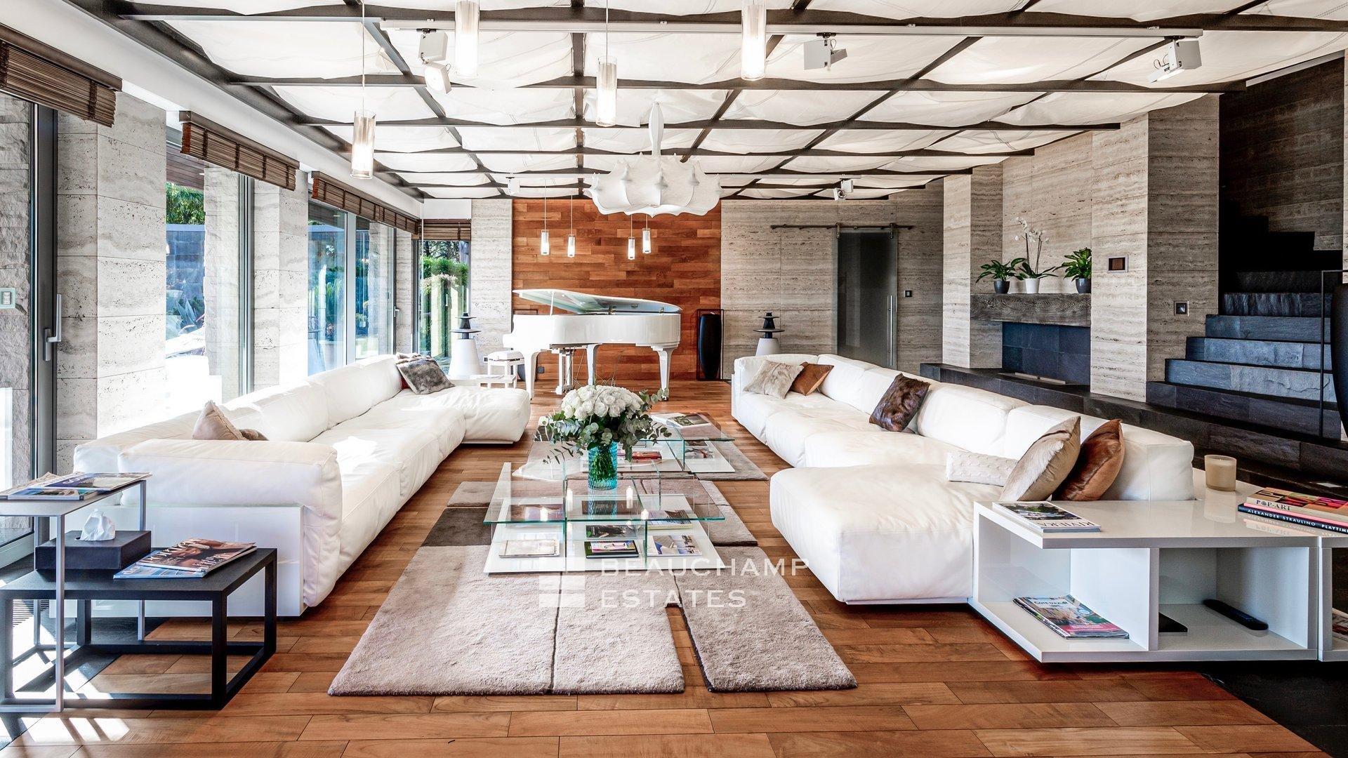 Somptueuse Villa Moderne Située à Mougins