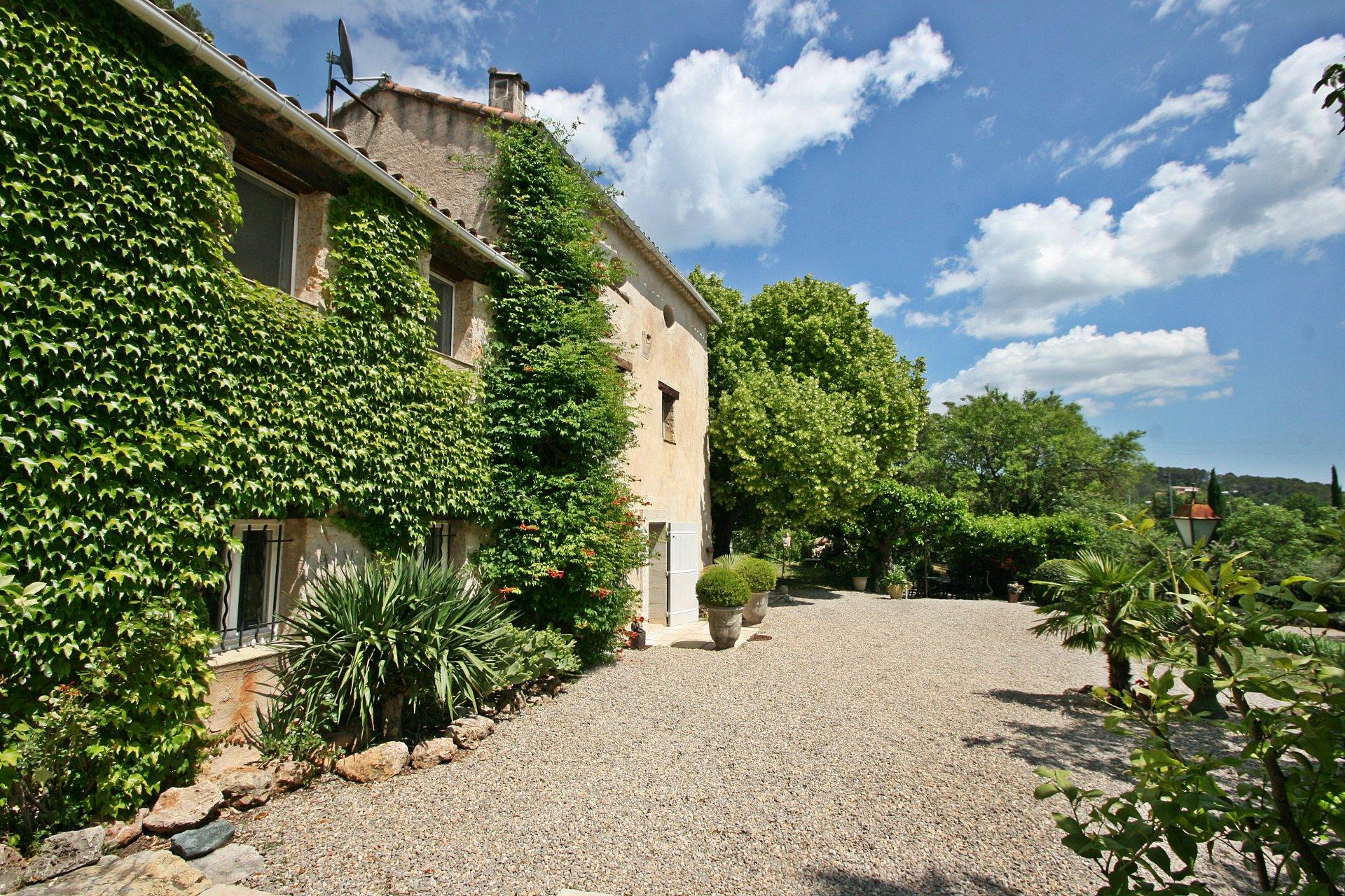 Sale House - Flayosc - France