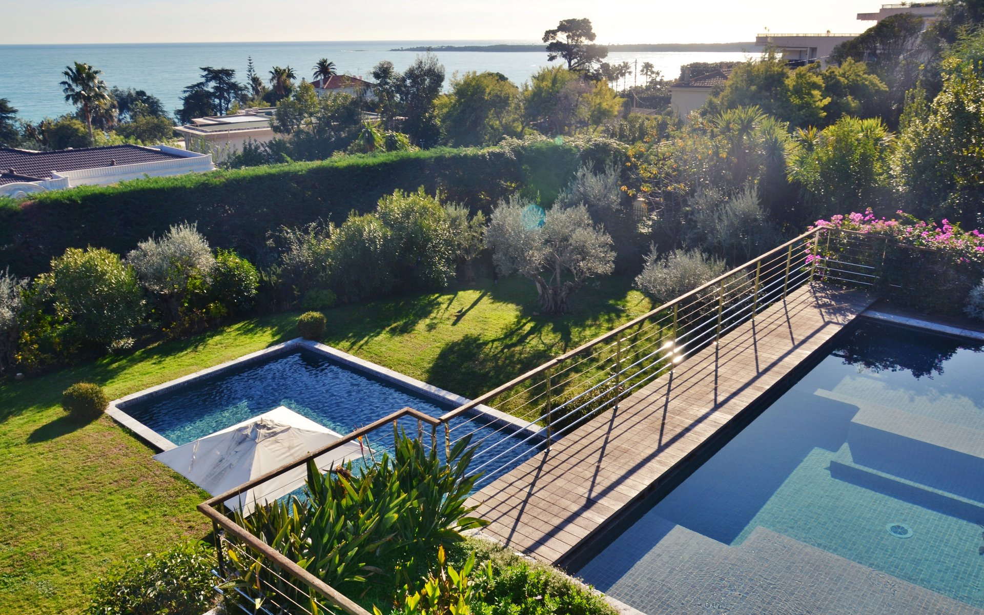 Cannes - Magnificent modern villa with sea view