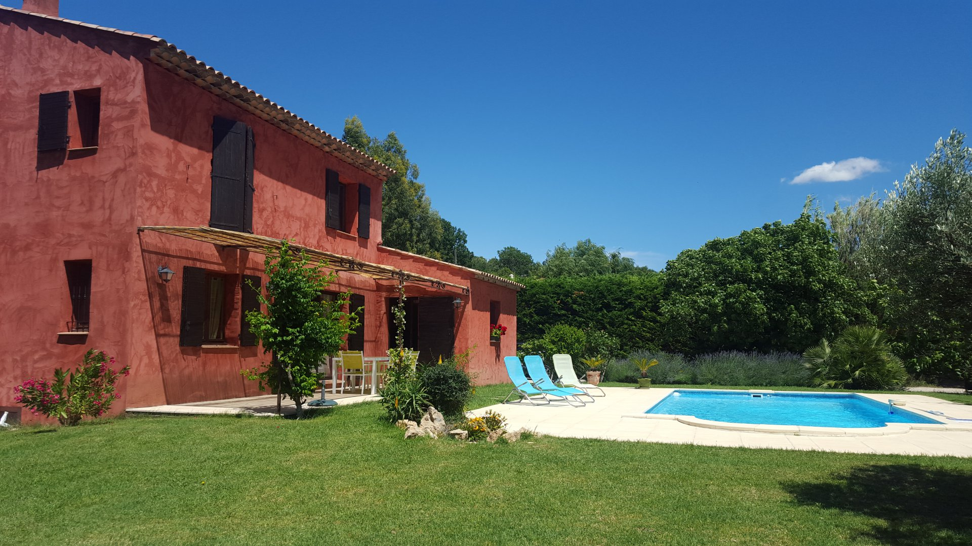 NICE 3 BEDROOMS VILLA WITH POOL