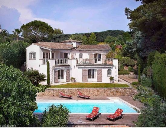 BEAUTIFUL PROVENCAL VILLA WITH PANORAMIC SEA VIEW