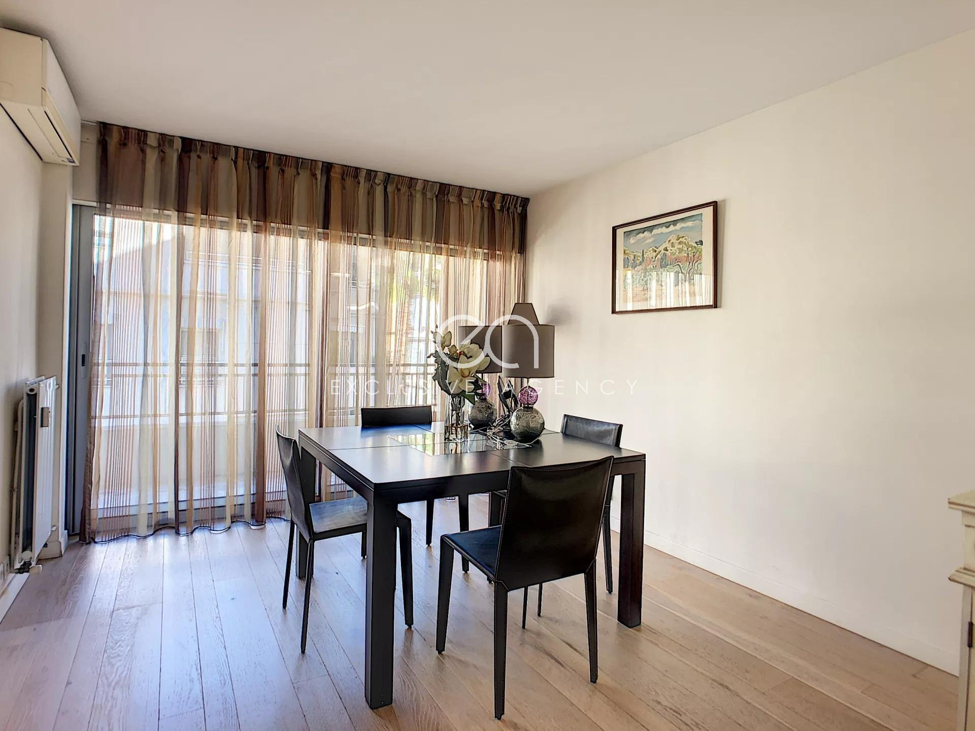 Cannes Rond Point Duboys d'Angers 3-bedrooms apartment 112sqm parking and cellar.