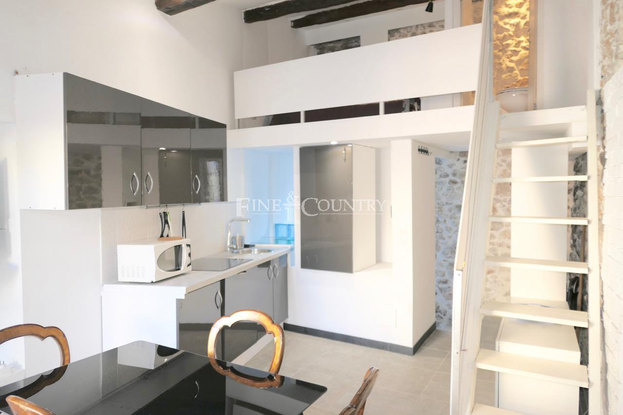 Vente 3 Appartements dans le Suquet à Cannes, France