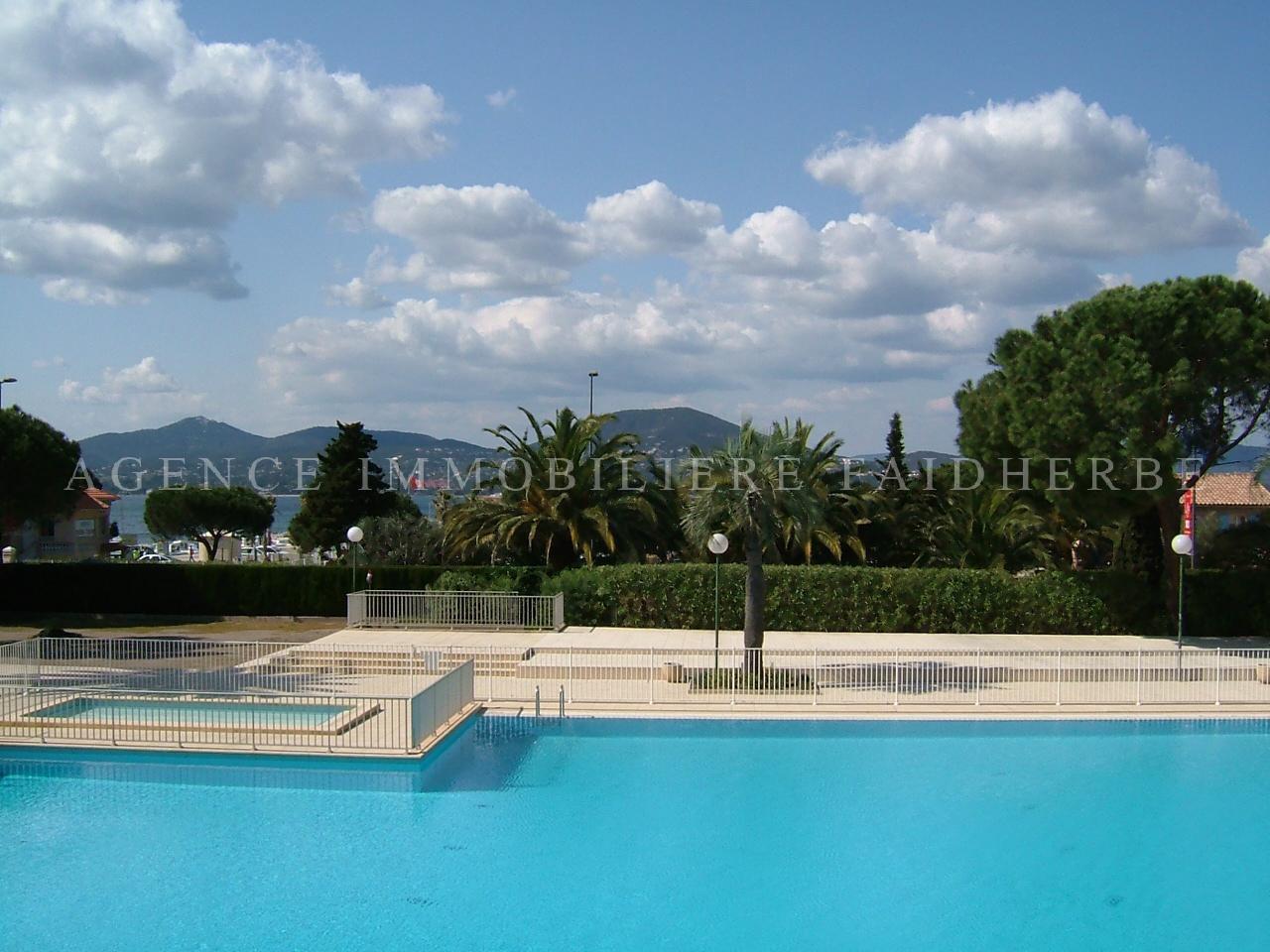 Residence con piscina e parcheggio - Residence con piscina ...