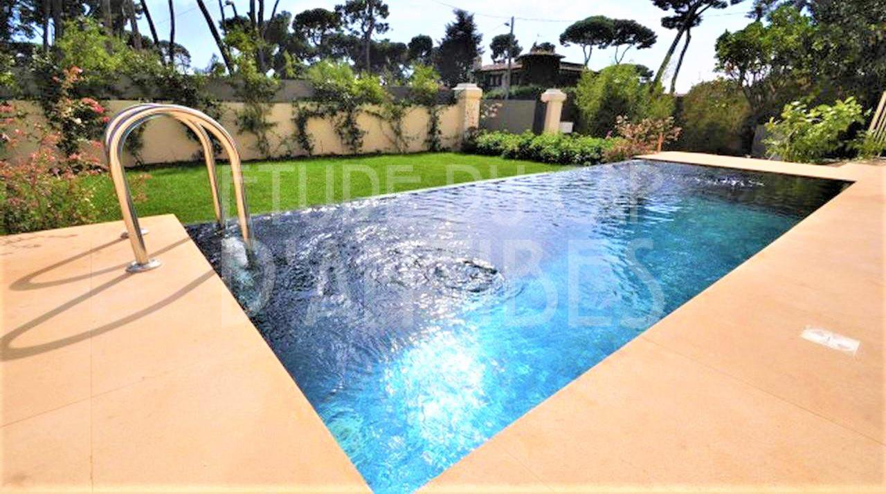For sale Cap d'Antibes renovated Villa