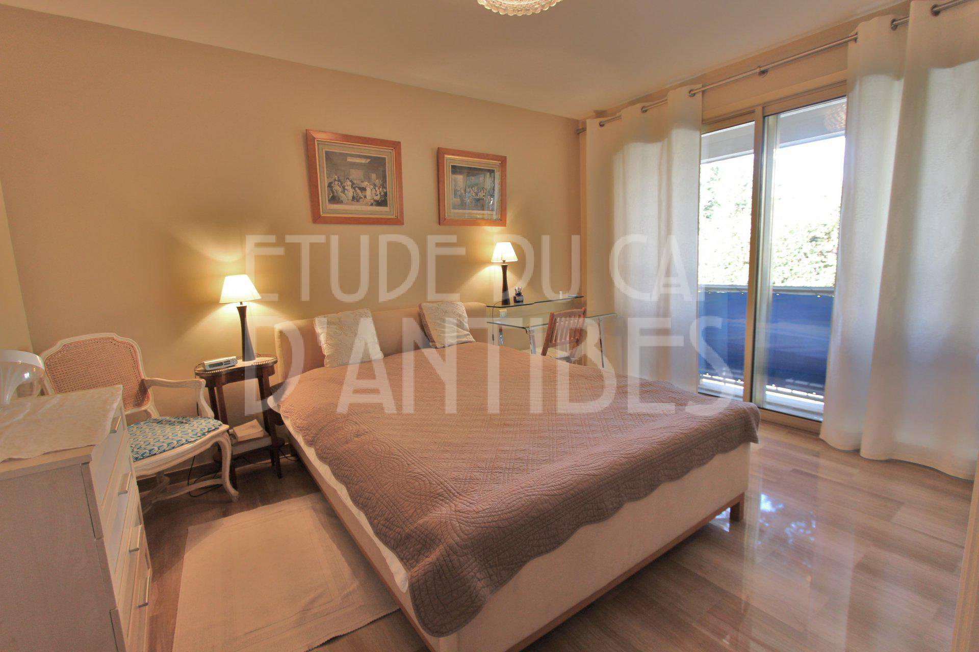 Affitto stagionale Appartamento - Antibes Cap-d'Antibes