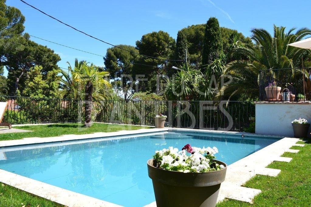 Cap d'Antibes - Charmante villa à louer