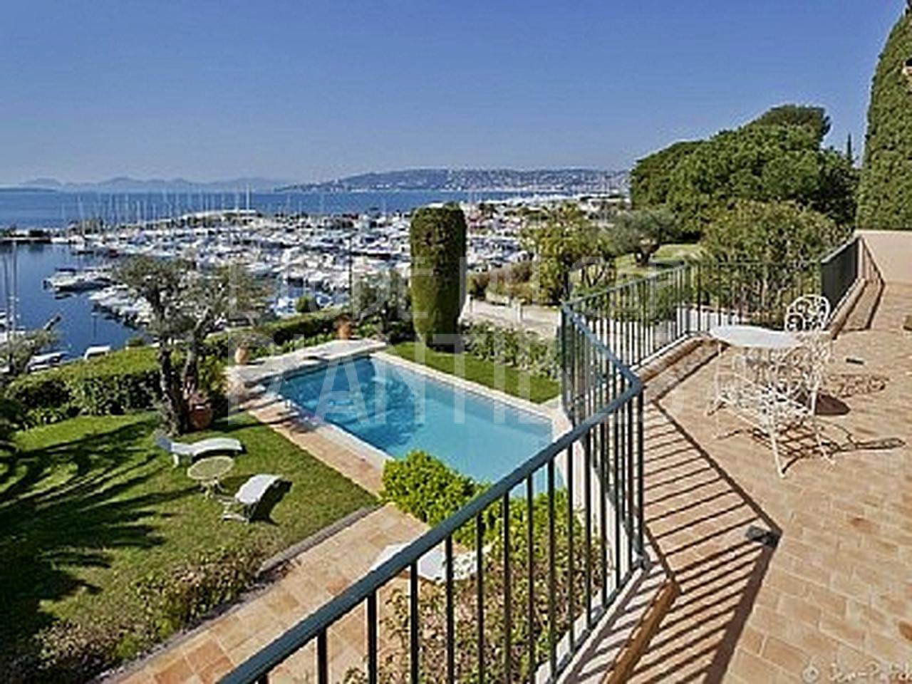 Villa to rent - Cap d'Antibes