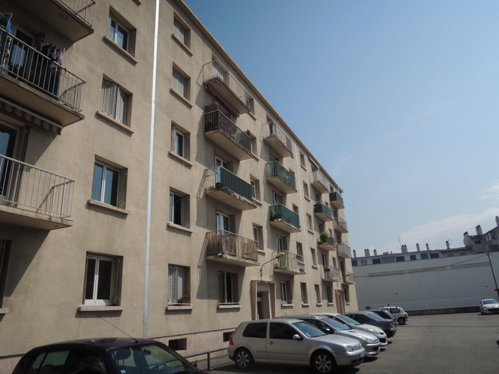 Sale Apartment - Grenoble Exposition-Bajatière