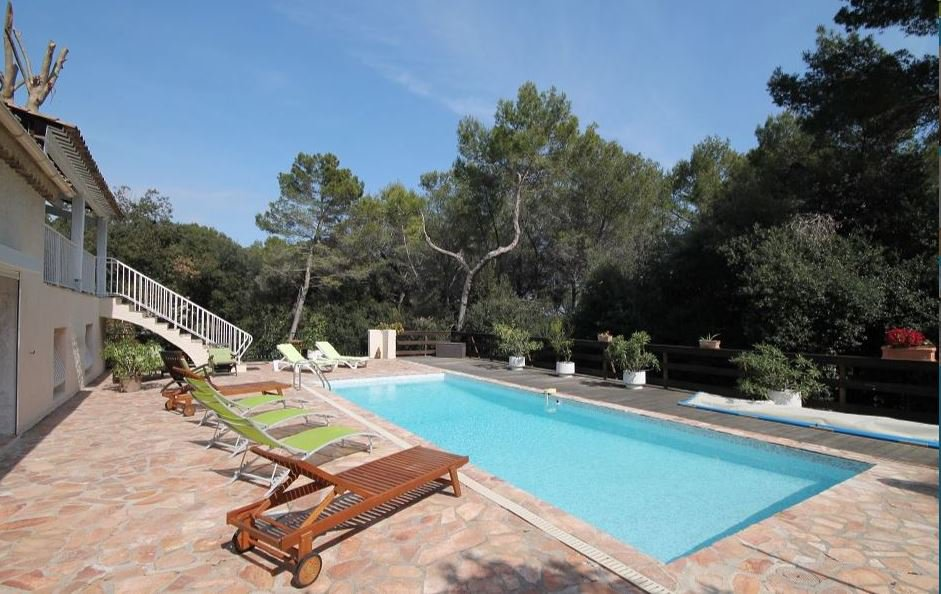 BEAUTIFUL PROVENCAL MAS - SUMMER RENTAL