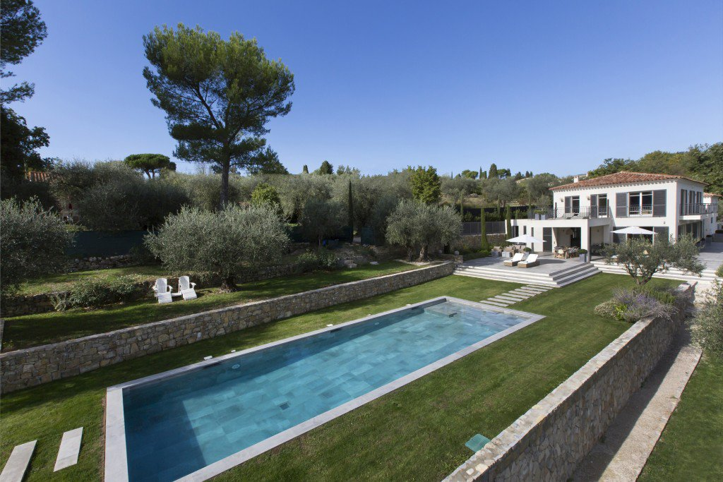 Sale Property - Châteauneuf-Grasse