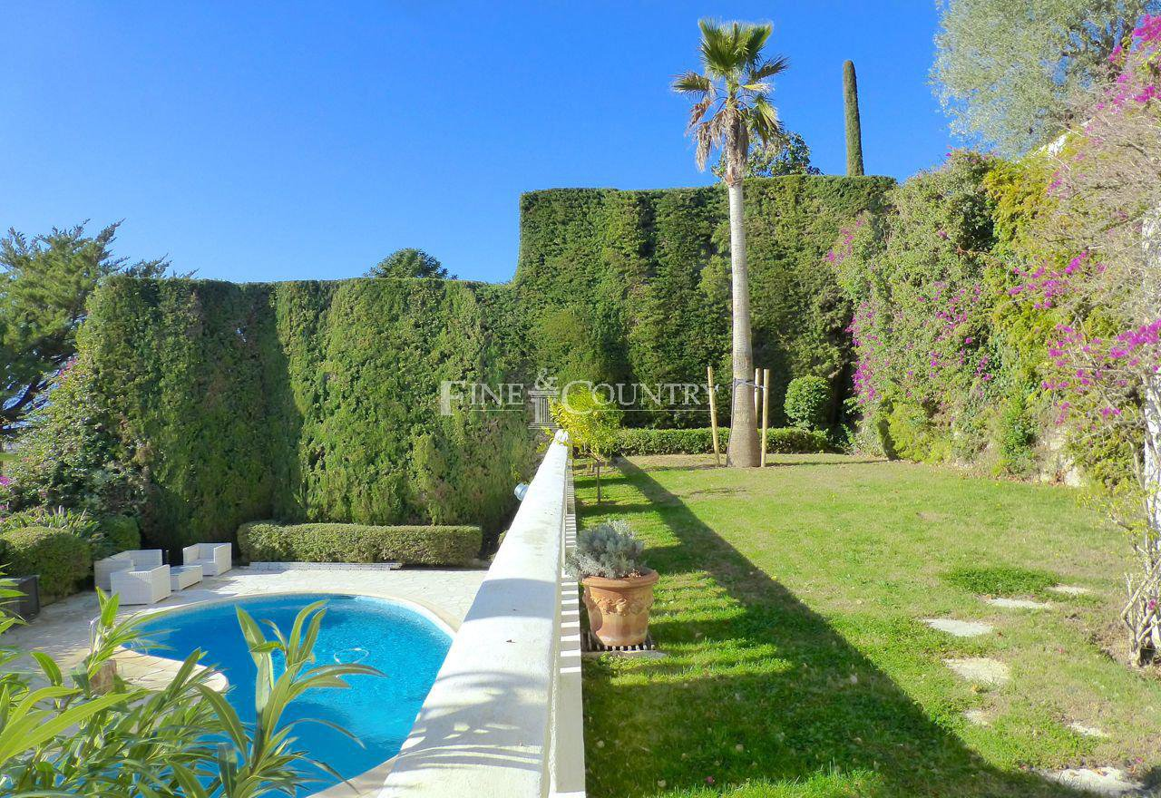 Chateau for sale in La Californie, Cannes, France