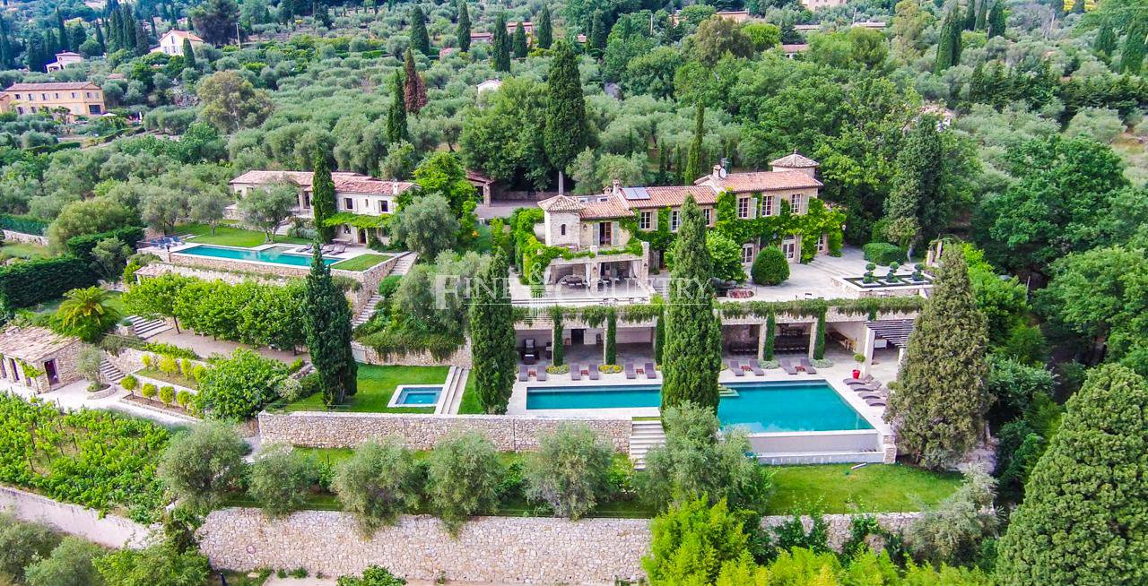 Bastide for sale in Peymeinade near Mougins, Cote d'Azur