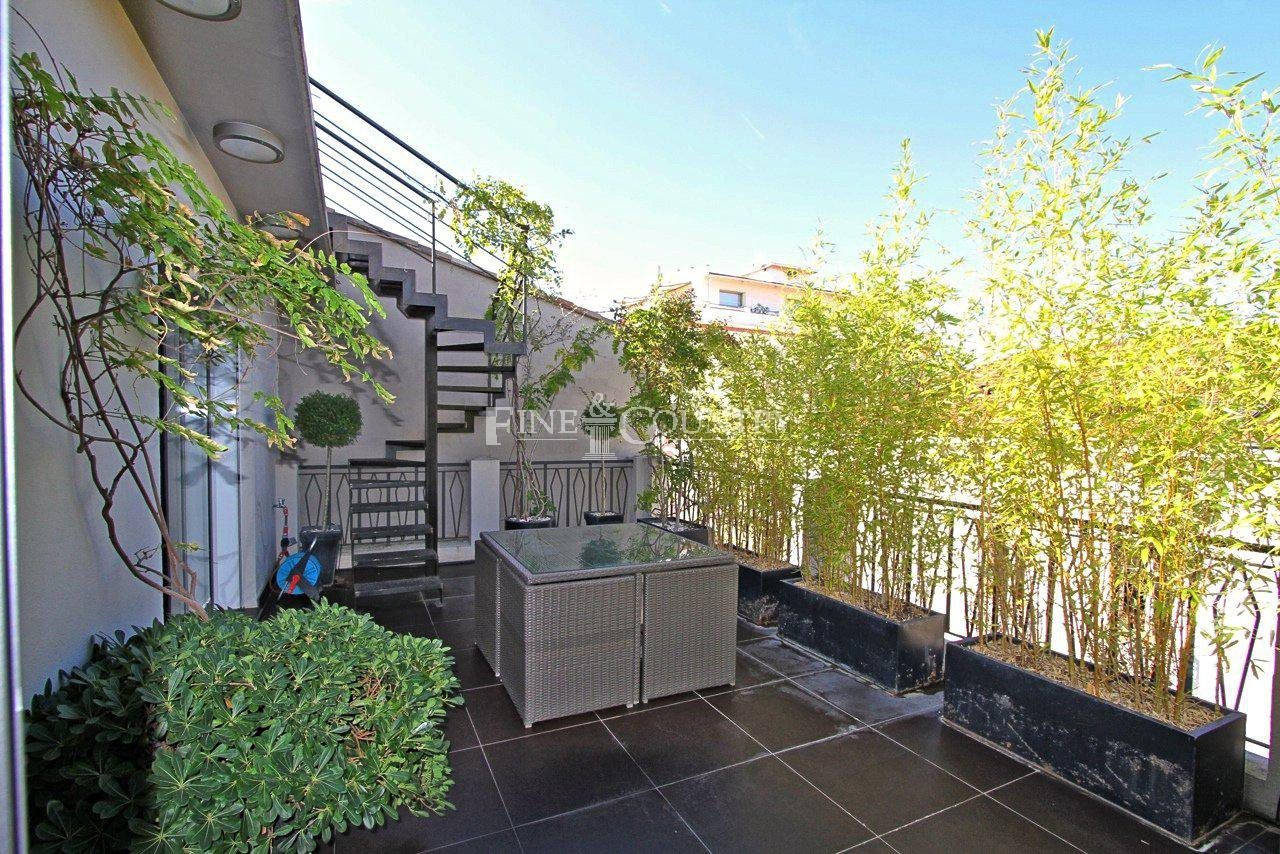 Penthouse Apartment for sale in the Banane, Cannes