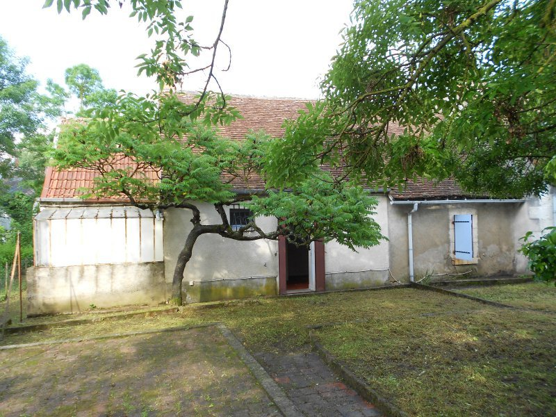 3505FPM - Rustic House of 62 m², 10 minutes from Bourges.
