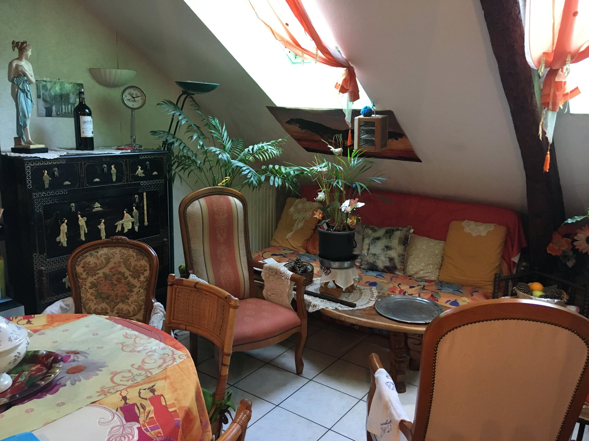 Vichy Apartment type T2, approx. 42 m² hab, nice ...