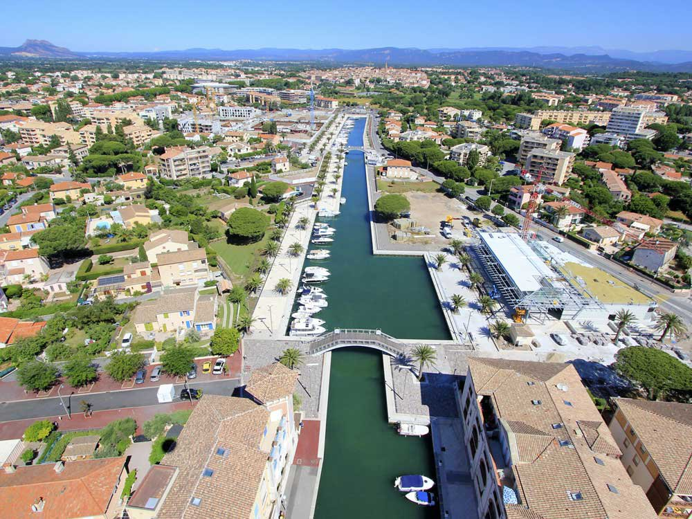 PENTHOUSE ON THE PORT OF FREJUS
