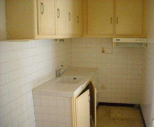 ROGNONAS Investment property with 5 apartments rented