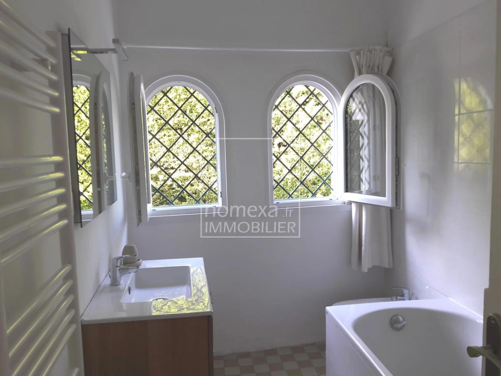 Antibes for rent house