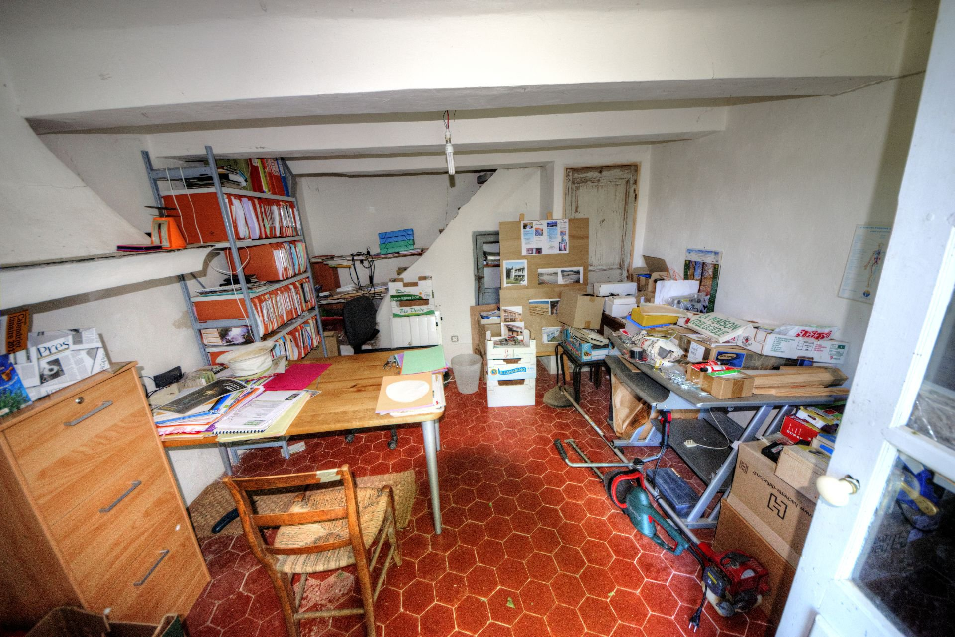 Villecroze office in a bastide with plot of land
