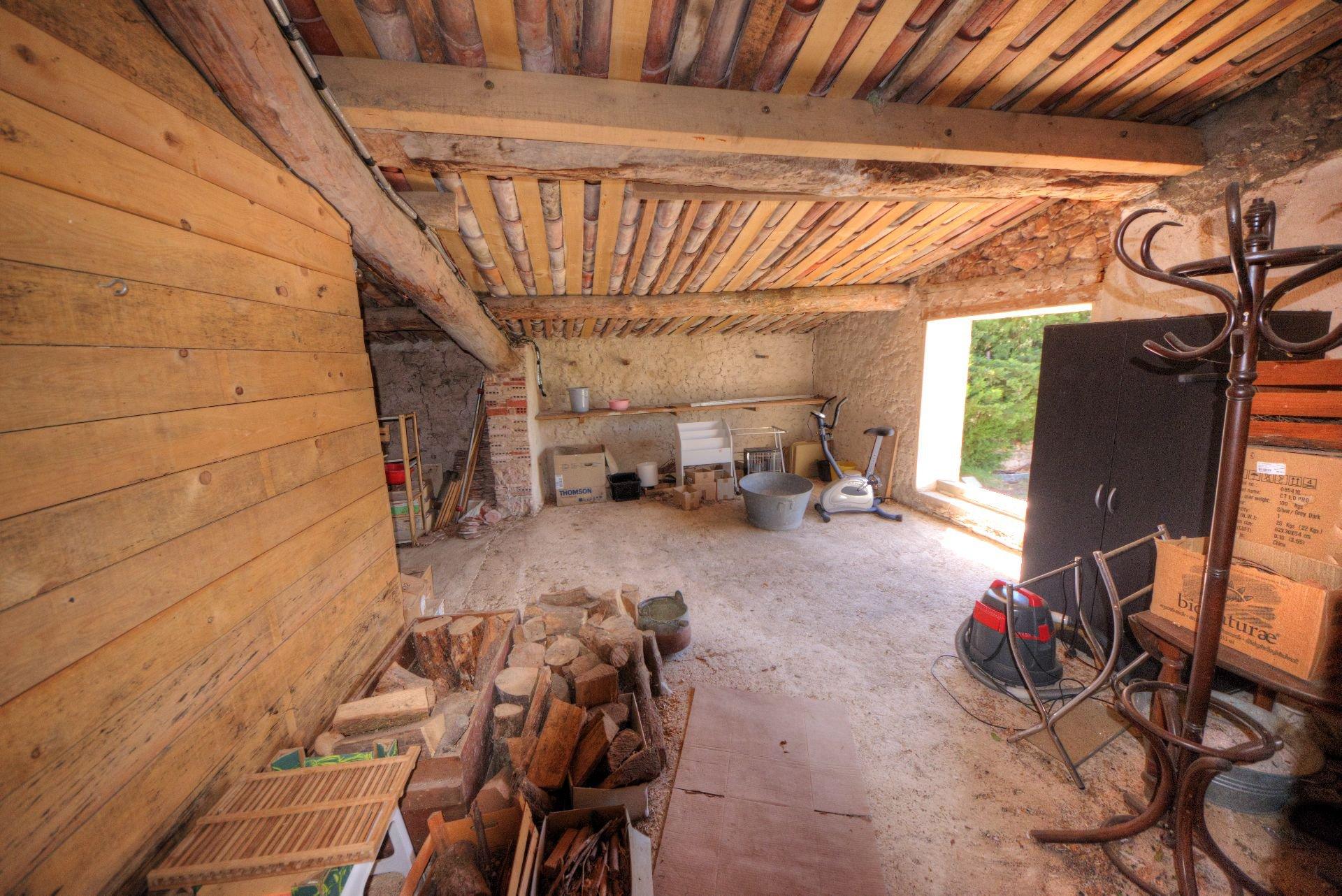 barn, garage, workshop... in Villecroze