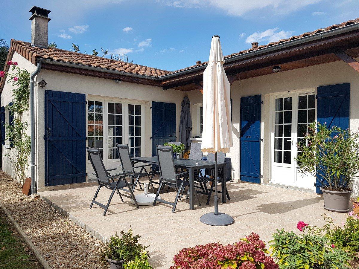 Deux-Sevres (79), golf Les Forges: bungalow op rustige plek